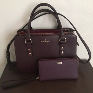 Beautiful, almost brand new Kate Spade purse!!